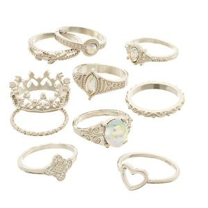 🆕SO Silver Tone Crystal Crown Motif Ring Set